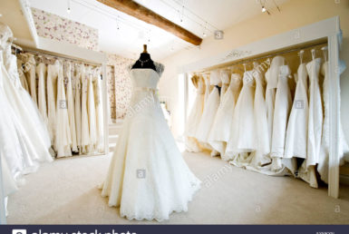 interior-of-wedding-dress-gown-in-bridal-boutique-shop-axnkxn