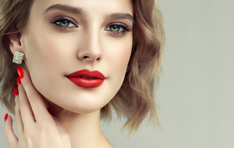 bigstock-Beautiful-Model-Girl-With-Shor-228219550